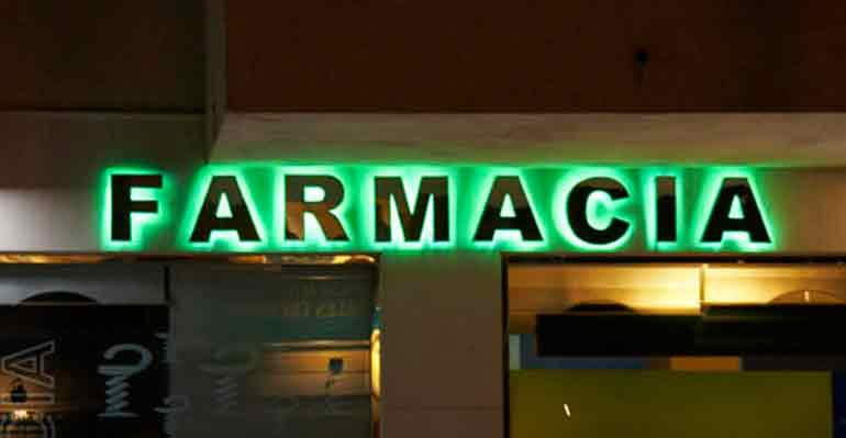 Luminosos - Farmacia